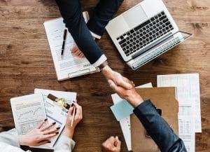 Montage de programmes d'assurance et suivi des contrats