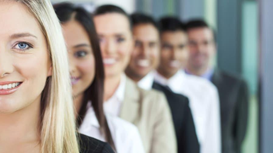 Les assurances et les principaux risques d'un salarié lié à l'entreprise.